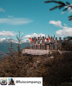 INTERNATIONAL TEAM: foto de @lluiscompanyy  quien está estudiando inglés en #Vancouver #inglés  #summer #young #teenagers #english  #idioma #awesome #Verano #friends #group #anglès #cursos #viaje #viatge #travel #WeLoveBS #Instatravel #Canadá