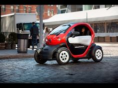 """Nissan demonstrates """"micromobility"""" at 2016 New York International Auto Show…"""