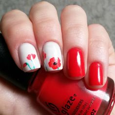 Red Poppies Nail Art Design