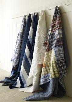 Quilts make easy summer beds. Duvet Bedding, Bedding Shop, Linen Bedding, Quilt Display, Bed Design, Condo Living, Living Spaces, Quilt Making, Summer Time