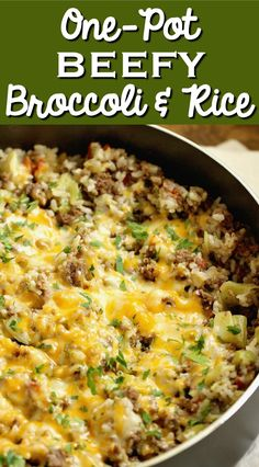 One-Pot Beefy Broccoli Rice - A quick, easy, and hearty one-pot supper filled with ground beef, broccoli, rice and topped with cheese. with ground beef easy One-Pot Beefy Broccoli Rice Ground Beef And Broccoli, Broccoli Rice, Ground Beef Rice, Ground Beef Meals, Ground Beef Dishes, Healthy Ground Beef, Meal With Ground Beef, Casseroles With Ground Beef, Riced Broccoli Recipes