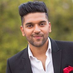 Guru Randhawa (Punjabi Singer) Height, Weight, Age, Affairs, Biography & More - SomethingToSay Bollywood Images, Bollywood Songs, Latest Hindi Movie Songs, Guru Pics, Love Guru, Most Popular Artists, Cute Boy Photo, Top Albums, Crush Pics