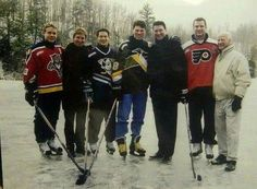 Bure, Gretzky, Kariya, Jagr, Lemieux, Lindros, Howe. Fantastic legends of hockey picture!