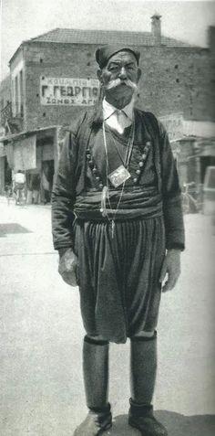 1950-A man in Hania