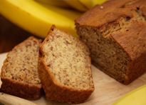 Need banana bread recipes? Get easy to make banana bread recipes for your next meal or gathering. Taste of Home has lots of great banana bread recipes including low fat banana bread, chocolate chip banana bread, and more banana bread recipes. Low Fat Banana Bread, Healthy Banana Bread, Banana Bread Recipes, Yogurt Recipes, Healthy Protein, Snacks, Baking Recipes, Easy Recipes, Delicious Recipes