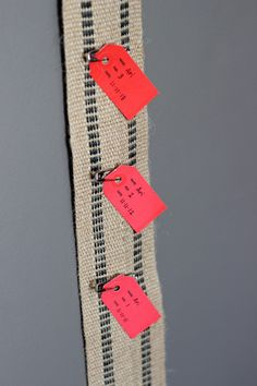 Create your own growth chart by adding tags to show the height and age! #DIY