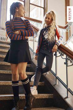 SCHOOL GIRLS! Wat vinden jullie van deze toffe outfits uit de collectie van Retour?! #retour #school #classic #kindermode #girlslook #meisjes Kid Styles, Girl Fashion, Baby, Neverland, Classic, Cute, Shopping, Clothes, School