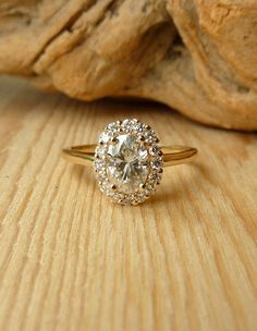 Absolutely gorgeous vintage ring