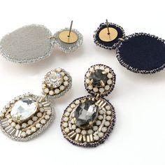 Diy Earrings Dangle, Earrings Handmade, Crochet Earrings, Handmade Jewelry, Bead Embroidery Jewelry, Beaded Embroidery, Diy Jewelry, Beaded Jewelry, Beads Clothes