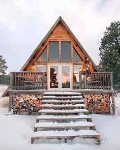 Tiny Cabins, Cabins And Cottages, Rustic Cabins, Prefab Log Cabins, Cabins In The Woods, House In The Woods, Plan Chalet, A Frame House, Log Cabin Homes