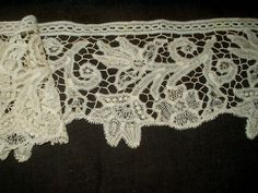 Victorian Renassiance Batterburg Tape Lace Trim Yardage - The Gatherings Antique Vintage