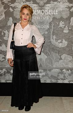 Jemima Kirke attends the Mademoiselle Prive Exhibition at the Saatchi Gallery on October 12, 2015 in London, England.