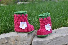 Babystiefelchen von Häckelblume auf DaWanda.com