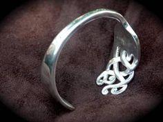Image objets détournés : fourchette bracelet