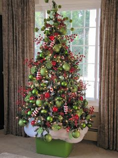 Last Trending Get all images the grinch christmas tree decorations Viral christmas home tour Grinch Christmas Decorations, Noel Christmas, Green Christmas, Winter Christmas, Christmas Themes, Christmas Quotes, Grinch In Christmas Tree, Christmas Colors, Christmas Tree Base Cover