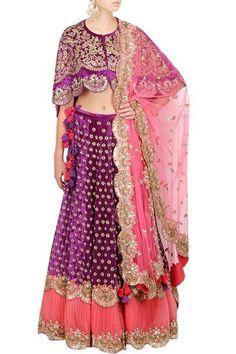 0424ffd2 11 Sisters of the bride outfit styles you will love this wedding season