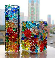 Lollipop Glass: Delicious Fusing By Liliya Gorbach – diypapier Glass Bottle Crafts, Stained Glass Crafts, Bottle Art, Fused Glass Ornaments, Fused Glass Art, Mosaic Art, Mosaic Glass, Glass Painting Designs, Glass Painting Patterns