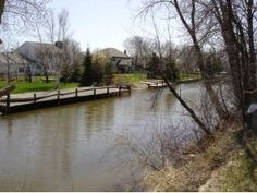 Property in Oshkosh, Lake Poygan, Butte des Morts Lake, Wolf River, Wisconsin: Oshkosh, Town Of, WI Waterfront Real Estate
