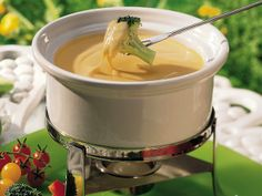 Cheddar Fondue - with chicken broth