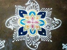Free Hand Rangoli Design, Small Rangoli Design, Rangoli Designs With Dots, Beautiful Rangoli Designs, Kolam Designs, Indian Rangoli, Kolam Rangoli, Latest Rangoli, Rangoli Ideas