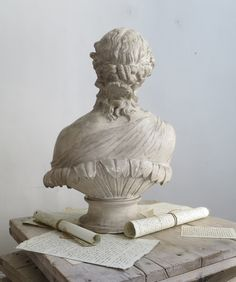 Back view of early 19th c Bust of the Greek Goddess Clytie www.appleyhoare.com