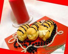 Mini Eclere Rapide Cum se fac minieclerele rapide.Reteta minieclere rapide. Romanian Food, Romanian Recipes, Cake Cookies, Sushi, Panna Cotta, Dishes, Ethnic Recipes, Sweet, Desserts