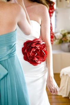 Just the most darling color combo with this dress accent!!! - via Elizabeth Anne Designs