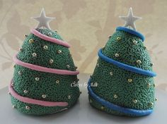 2011 Christmas Cakes - For Nanny & Grandad from Ethan 004 (w) by Cakes By Ade (from Ade's Piccies), via Flickr
