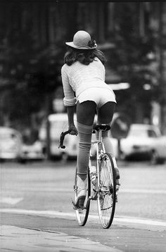 Girl on a bicycle, 1