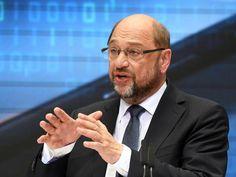#SZ | #Schulz #verteidigt Zukunftsplan #gegen Kritik   Berlin.  Der sogenannte Zukunftsplan #von SPD-Kanzlerkandidat #Martin #Schulz #ist #bei #den #anderen #Parteien #und #bei #Experten #auf Kritik gestossen. #So #wird #die Sinnhaftigkeit #der vorgeschlagenen #Punkte bezweifelt #und #die Finanzierung infrage gestellt. dpa   Schulz verteidigte #seinen Plan #am Sonntagabend #im Z
