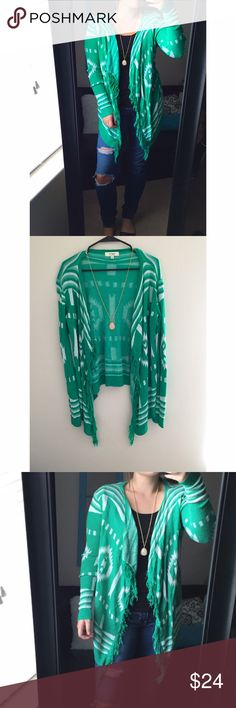 Boutique Aztec Cardigan Aztec Print, green flowy cardigan. Excellent condition! Umgee Sweaters Cardigans
