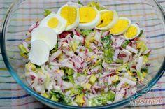 Radish salad recipe with yoghurt dressing Salat - Avocadosalat - Blattsalat - Bohnensalat - Source B Gnocchi Pesto, Salad Recipes, Cake Recipes, Radish Salad, Healthy Drinks, Potato Salad, Food And Drink, Appetizers, Low Carb
