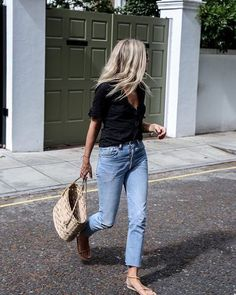 Our weekend look consists of anything easy to throw on: distressed denim, minimal sandals, & a light top #pinterestpick