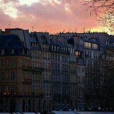 Paris. By NikitaDB Arrondissement, France, World Famous, Sunrises, New York Skyline, Literature, River, Spaces, History