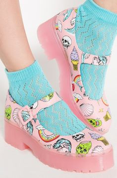 Our pink Over It Cleated Sole Flats are simply perfect. We have the cutest selection of Kawaii and cosplay footwear and shoes. Shop new alternative styles.