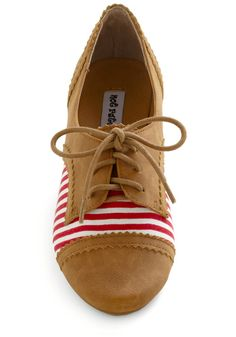 Striped Oxford Flat. I want these!