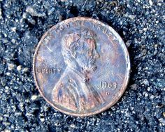 Are Indian Head pennies rare? What is the Indian Head penny value today? Here's a list of the scarce Indian Head pennies you should be looking for. Plus, the values of common-date Indian Head pennies. Have an Indian Head penny? See what it's worth here. Valuable Pennies, Rare Pennies, Valuable Coins, Penny Values, Rare Coins Worth Money, Coin Worth, Copper Penny, American Coins, Error Coins