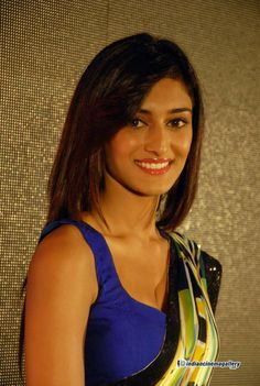 Erica-Fernandes-at-Ninnindale-Audio-Release-(4)