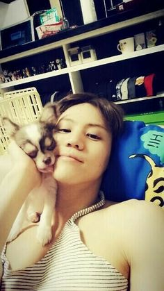 BEAST's Yang Yoseob Poses with His Adorable Doggie Yang Gaeng in Selca