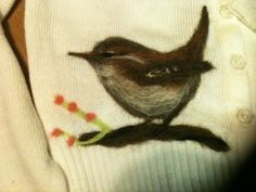 Needled felted wren Reuse Recycle, Upcycle, Recycling, Wren, Leaf Tattoos, Needle Felting, Craft Ideas, Birds, Sewing