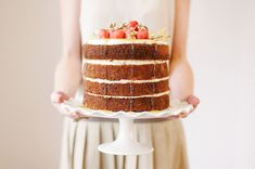 Simple Winter Naked Cake