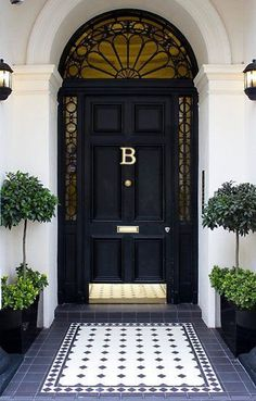 We have a new ONLINE SHOP! Have you seen our monogram door knockers?, We have a new ONLINE SHOP! Have you seen our monogram door knockers? Front Door Entrance, Exterior Front Doors, Glass Front Door, Front Door Decor, Entry Doors, Front Door Hardware, Front Door Design, Entrance Design, Front Door Colors