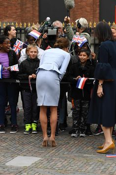 Kate Middleton Legs, Kate Middleton Outfits, Kate Middleton Photos, Queen Kate, Princess Kate, Princess Charlotte, Duchess Kate, Duke And Duchess, Duchess Of Cambridge