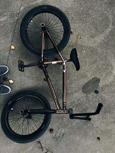 Bmx Bandits, Skate, Wallpaper, Bicycles, Geo, Instagram Posts, Random, Ideas, Cool Bicycles