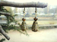 tiger eye #earrings, onyx earrings, cone earrings, earth goddess, #Gaia, earth element, gemstone jewelry, victorian earrings  Antique bronze vintage earrings looks so elegant... #handmade #etsy #fairyinwoods #gaia ➡️ https://www.etsy.com/listing/483407863/tiger-eye-earrings-earth-element-onyx?utm_campaign=products&utm_content=6875889755754dc595b76ab60d653781&utm_medium=pinterest&utm_source=sellertools