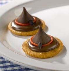 These spellbinding hats will bewitch all of your guests. Super easy to assemble and a great mix of sweet and savory flavors, these RITZ Witches' Hats are hauntingly delicious.