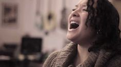 "Jazmine Sullivan ""Bust Your Windows"" live performance by Aisling Peartree"