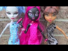 Monster High dress tutorial by Chad Alan on Youtube. <3