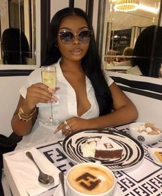 Find images and videos about tamara on We Heart It - the app to get lost in what you love. Boujee Lifestyle, Luxury Lifestyle Fashion, Classy Aesthetic, Black Girl Aesthetic, Aesthetic Outfit, Aesthetic Vintage, Black Girl Magic, Black Girls, Bougie Black Girl