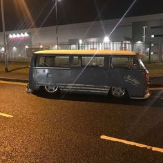 Volkswagen Bus, Vw T1, Vw Vans, Bus Camper, Bay Window, 4 Life, Bugs, Classic Cars, Vehicles